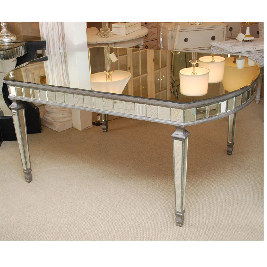 631005 Antique golden mirrored dinning table
